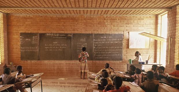 L Arredamento Fai Da Te : Scuola primaria in africa l importanza sociale di un