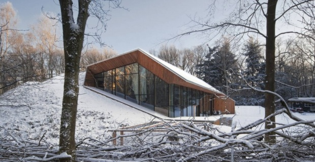 Case in montagna la sperimentazione sostenibile di tre - Come riscaldare una casa in montagna ...