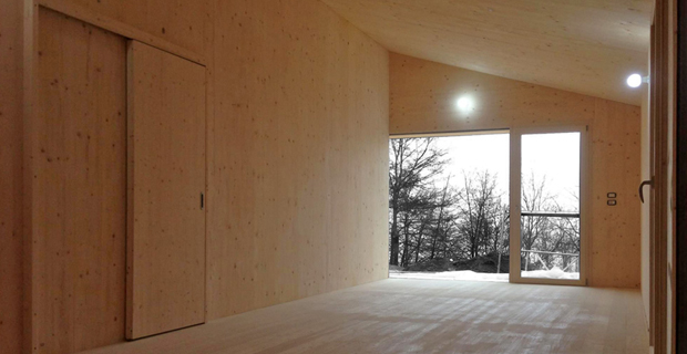 Tecnologia xlam per un abitazione di classe energetica a for Case in legno xlam