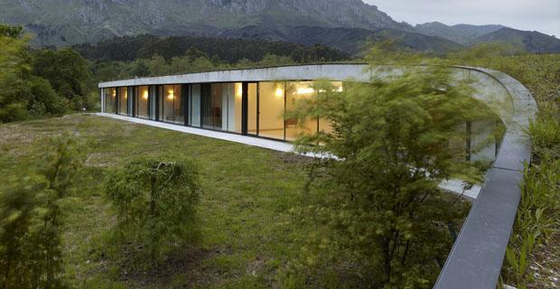 Quando l architettura si mescola al paesaggio l edificio for Architettura natura