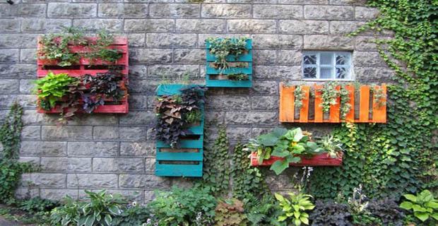 giardini idee originali area verde : Giardini artistici low cost con il riciclo creativo