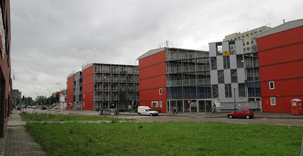 Abitare temporaneo alloggi a basso costo per studenti ad for Hotel a basso costo amsterdam