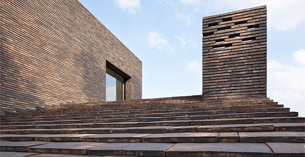 La casa in laterizio che rivisita la tradizione olandese for Case di mattoni facciate