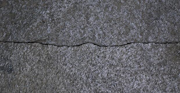 fiume-pietra-f