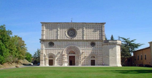restauro-basilica-laquila-a
