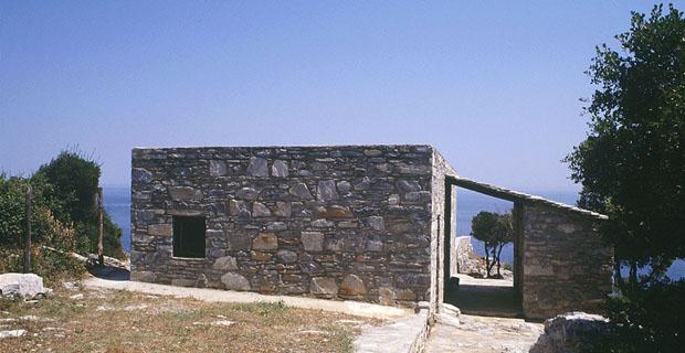 rifugio-pietra-grecia-a