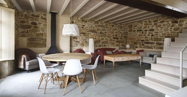Ristrutturare una casa in pietra senza tradire la storia for Case di legno rustico