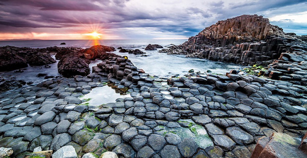 caption:La Giants Causeway Beach in Irlanda