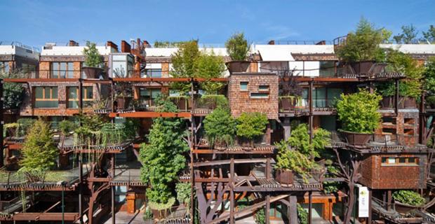 25 Verde. L'edificio-foresta a Torino