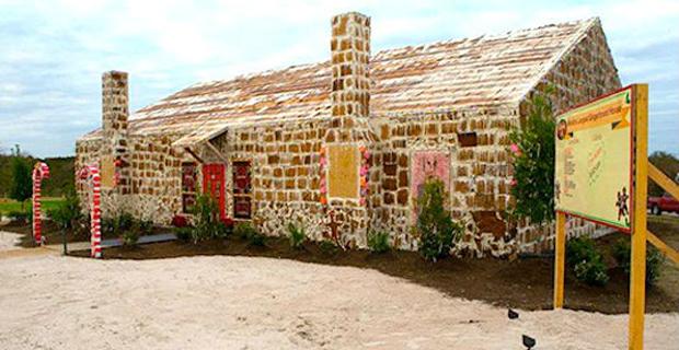 Architetti del pan di zenzero quando le torte diventano case for Case architetti famosi