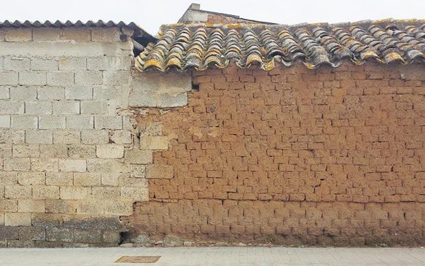 Case Di Mattoni Di Fango : I ladiri: la tradizione sarda della terra cruda