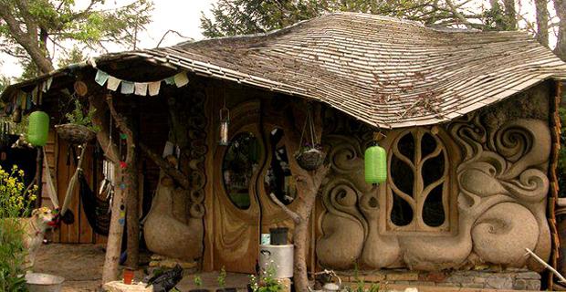 Case Di Mattoni Di Fango : Costruzioni in paglia: le evoluzioni nella storia