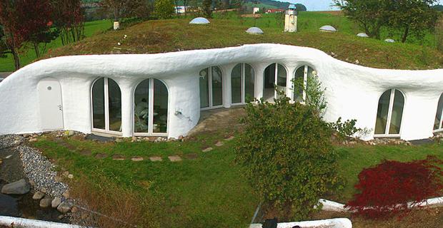 caption: abitazione progettata dall'architetto Peter Vetsch in Svizzera. © Peter Vetsch