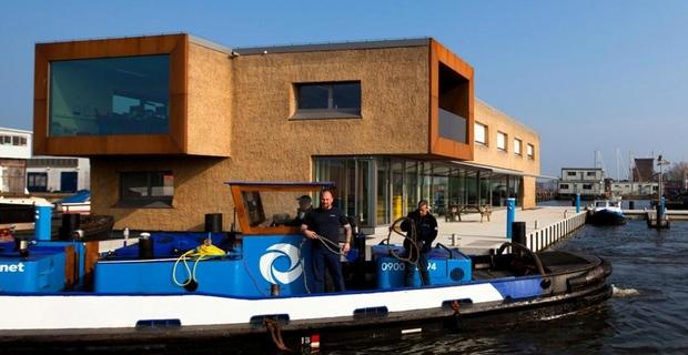 ufficio-galleggiante-amsterdam-b