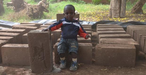 biblioteca-bambini-kilimanjaro-e