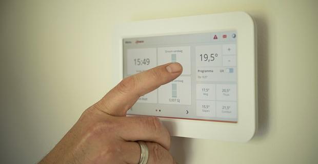Gli impianti radianti per il riscaldamento di casa possono essere controllati anche con tablet