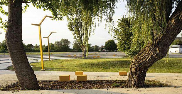 Gli arredi gialli del giardino di Cavallino dalla progettazione partecipata