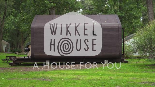 La casa di cartone costruita per durare 50 anni.