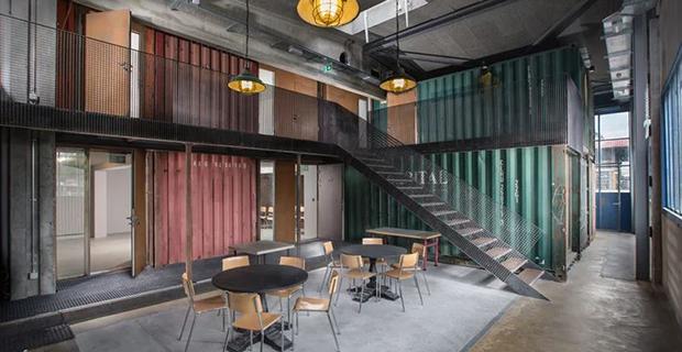 architettura container sion music venue